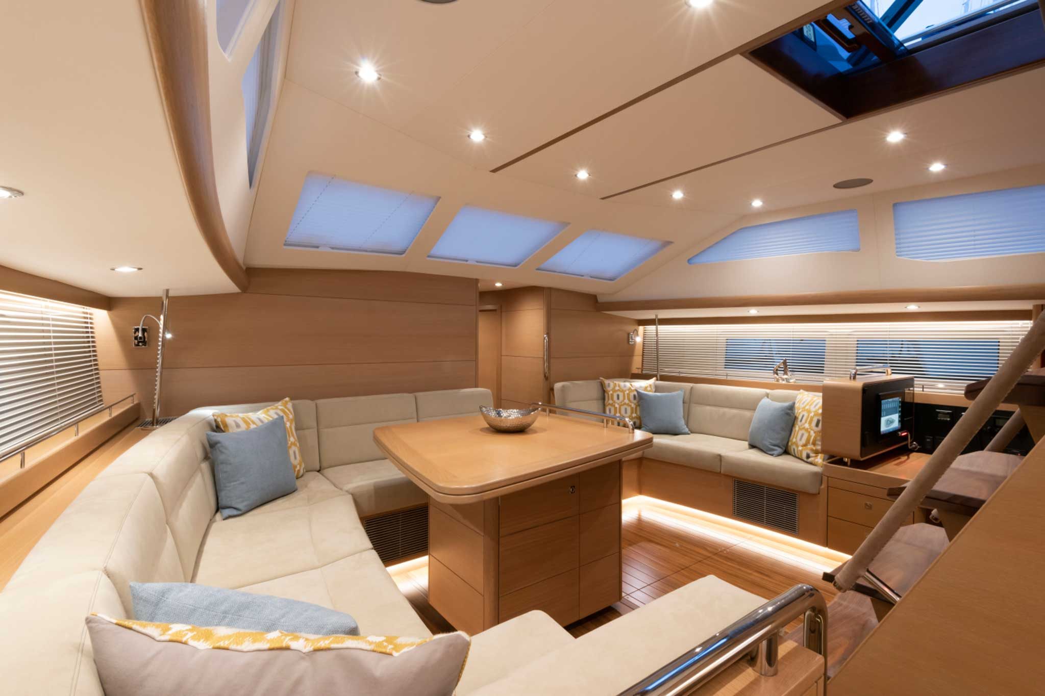 Gunfleet Yacht Saloon Seating By Passmore